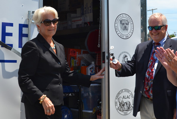 Mary and Russell Opens Up AKC Pet Disaster Relief Trailer.